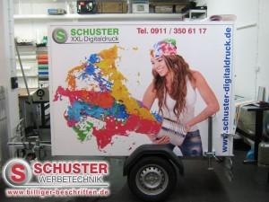 Unser kleiner Werbeanhänger, mit Digitaldruck mit Schutzlaminat - Werbung die auffällt.