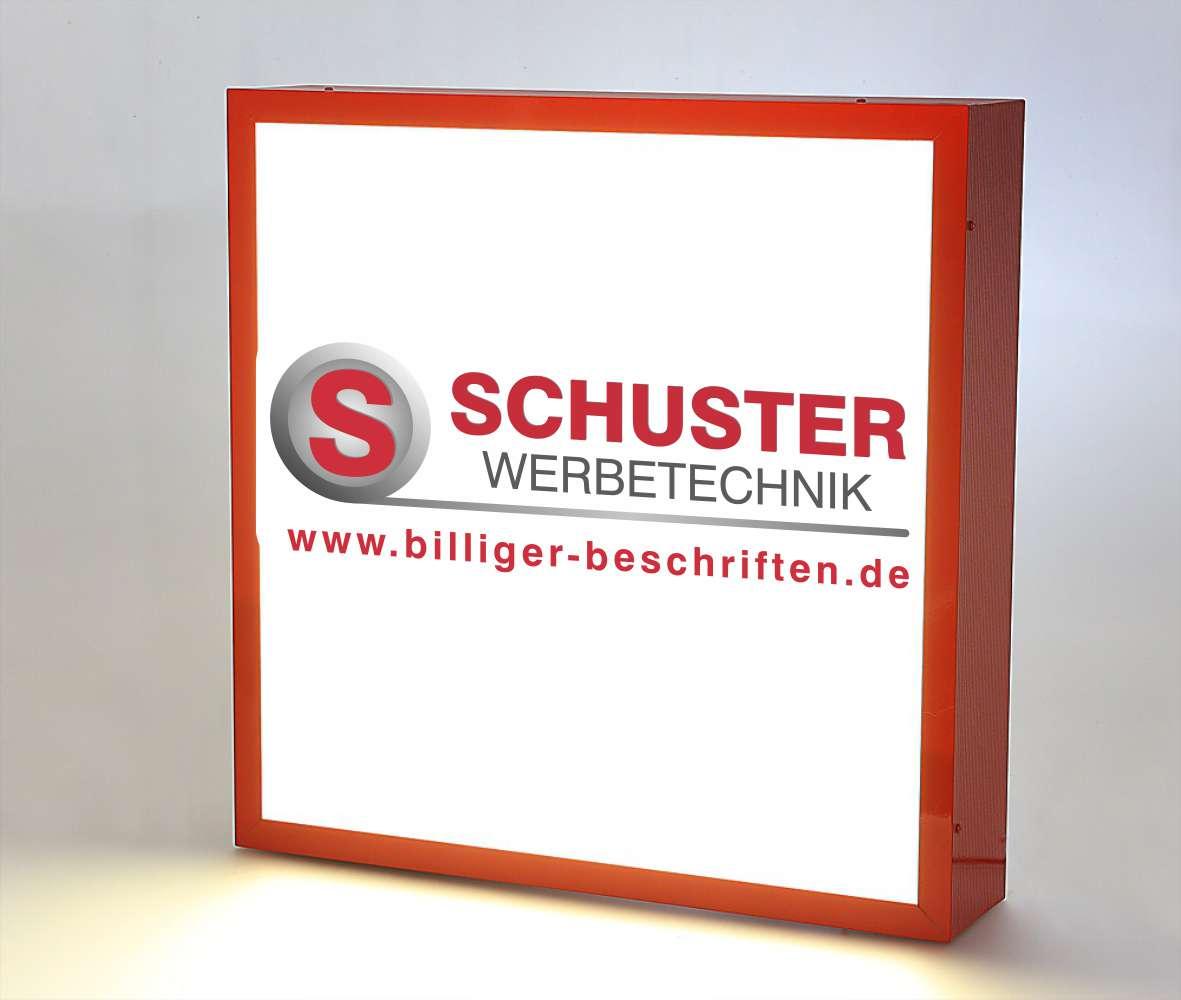 Leuchtkasten aus wetterfestem Aluminiumprofil, mit Acrylglasfront.