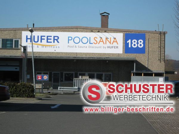 Firmenschild mit Digitaldruck auf Aluverbundplatten, der Firma Hufer - Poolsana in Nürnberg